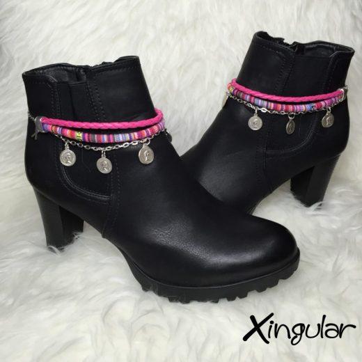 pulsera botas abalorios rosas par