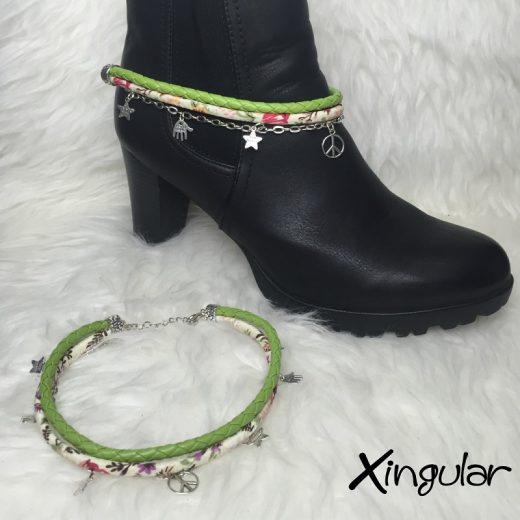 pulsera botas estrella verde y etnico floral muestra