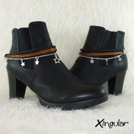 pulsera-botas-metalizadas-cobre-y-cordon-raso-negro-par