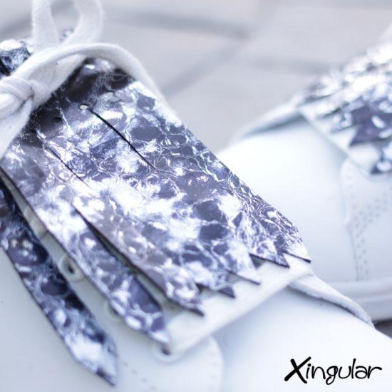 Flecos zapatillas burbujas plata detalle