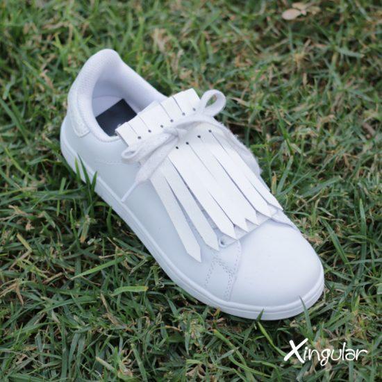 flecos zapatillas blanco cesped