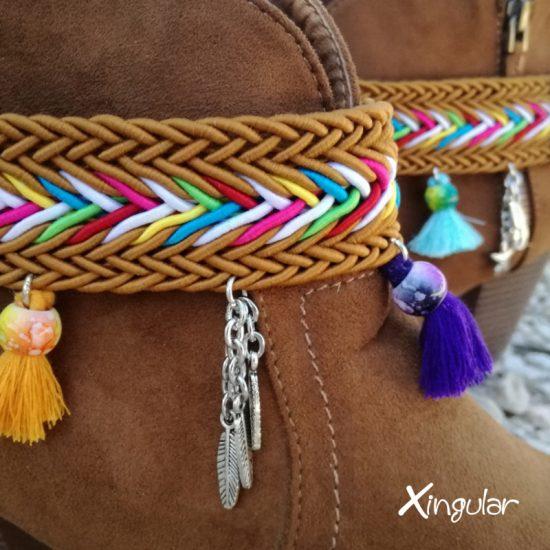 pulsera cinta trenzada colores vivos detalle